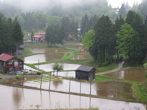 棚田のある村