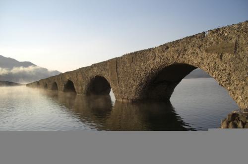 タウシュベツ橋